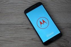 Motorola Moto G8 im Test: Fettes Smartphone in drei Versionen